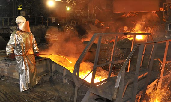 personnel safety around hot molten steel
